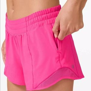 NEW with tags Lululemon Hotty Hot Shorts Pink